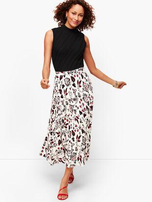 Pleated Flounce Hem Maxi Skirt