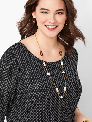 Plus Size Tulip Sleeve Floral Top