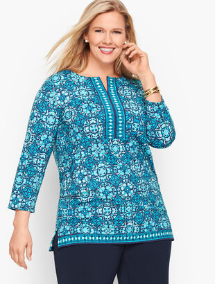 Plus Size Delicate Tiles Tunic