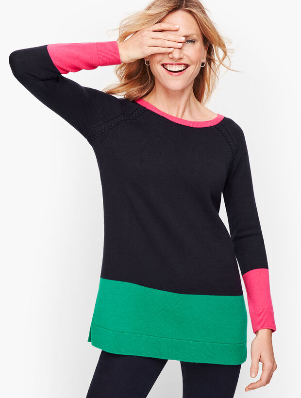 Color blocked Cable Detail Sweater