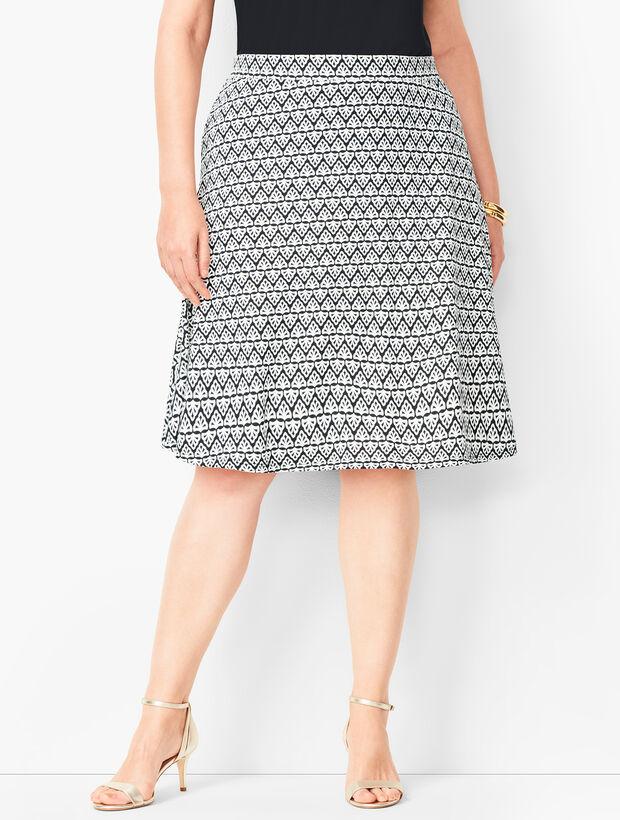 Plus Size Knit Jersey Skirt - Diamond Print