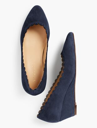 Laney Wedges - Kid Suede/Scalloped