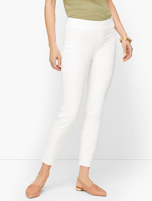 Sculpt Jegging Crop- White