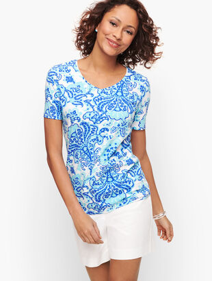 Cotton V-Neck Tee - Bold Paisley