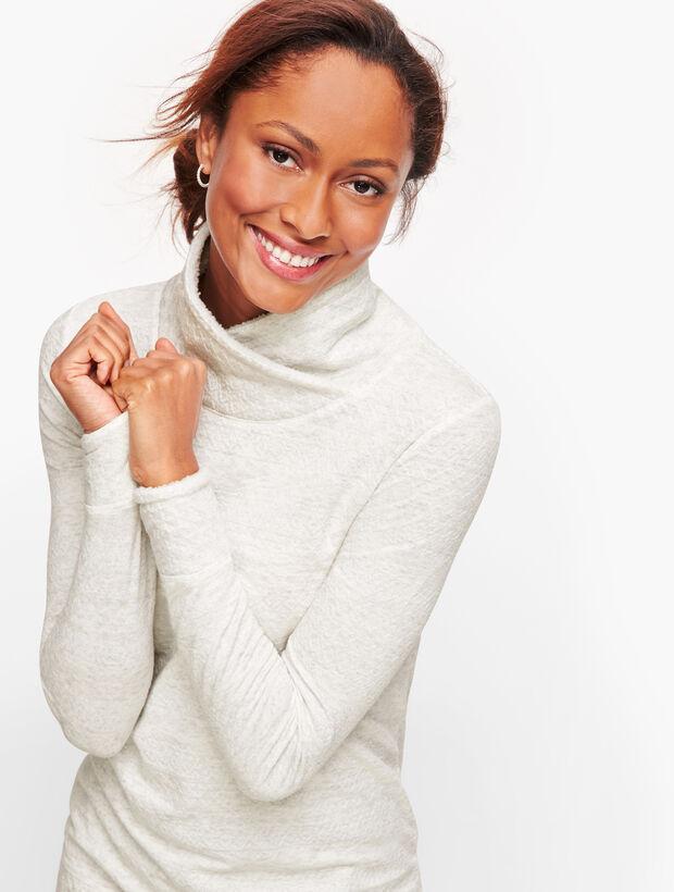 Plush Fleece Pullover - Jacquard