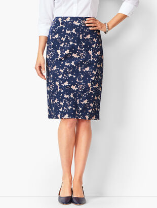 b201e9cfe9a Floral Pencil Skirt