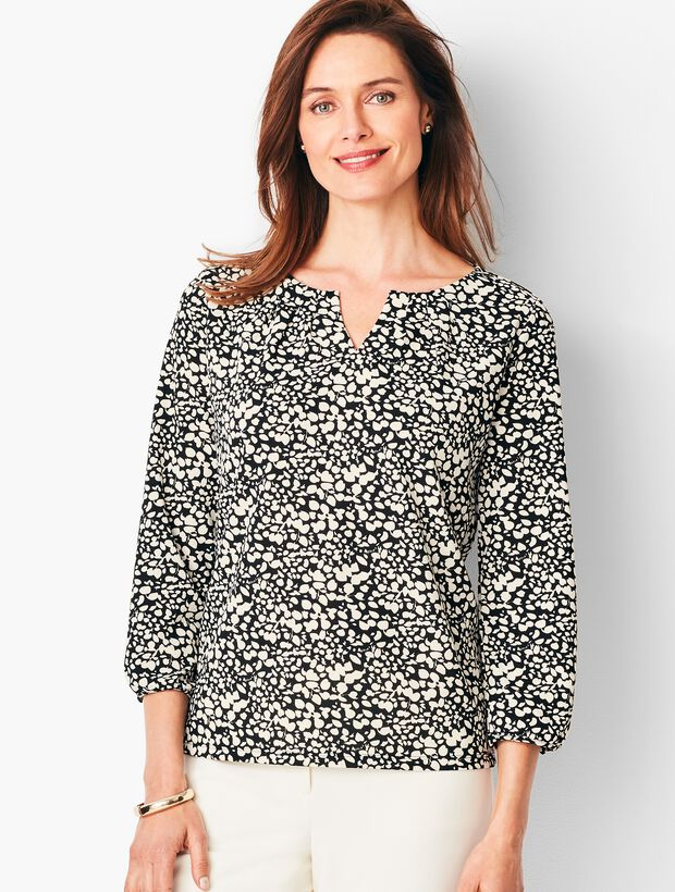 Pleated Tee - Leaf Dot