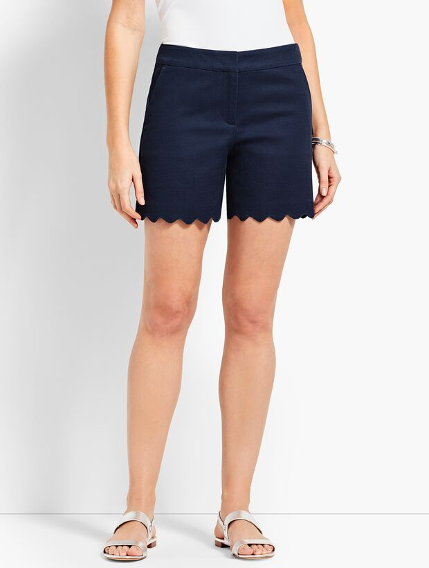 Textured Scallop Short