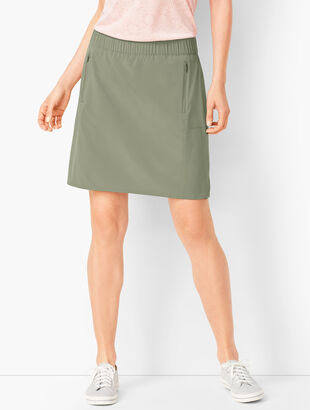 Lightweight Stretch Woven Skort - Solid