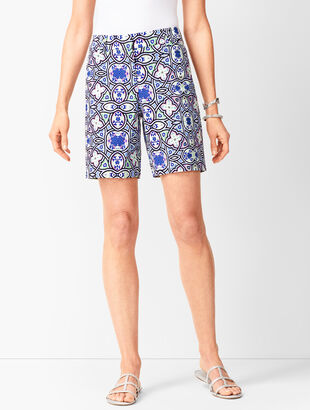 Button Hem Shorts - Medallion