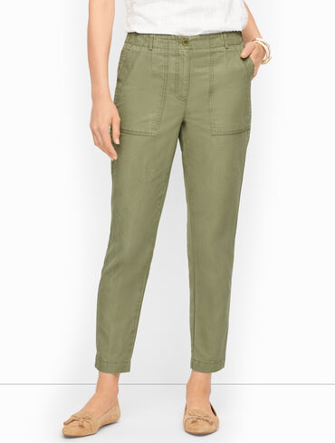 Cotton Canvas Cargo Slim Leg Pants