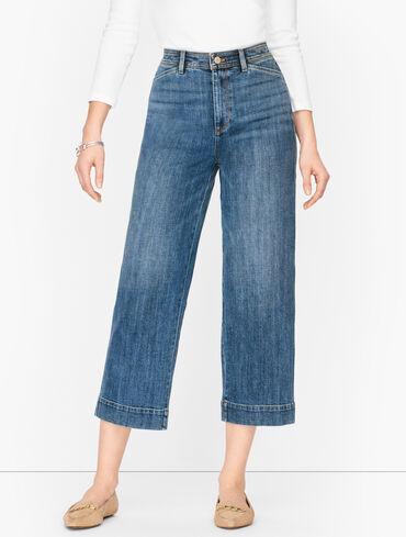 Wide Leg Crop Jeans - Cay Wash - Curvy Fit