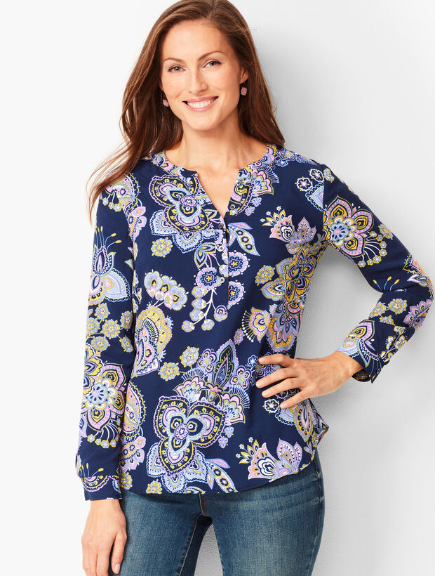 Paisley Band-Collar Popover