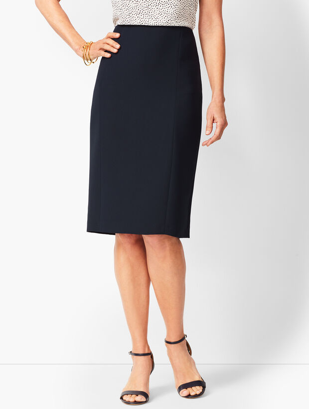 Seasonless Crepe Pencil Skirt