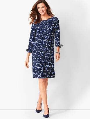Crepe Shift Dress - Floral Print