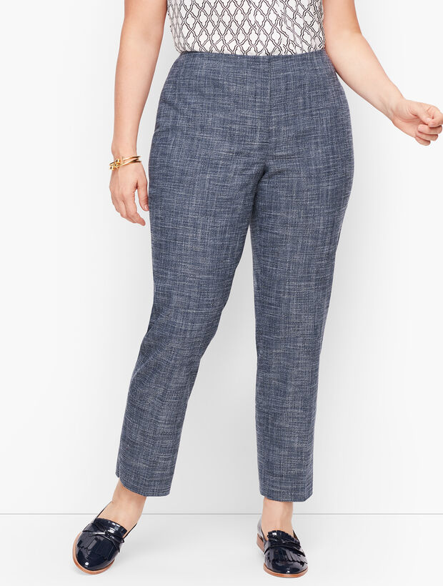 Plus Size Exclusive Blended Tweed Straight Leg Pants