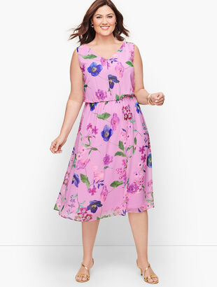 Plus Size Exclusive Botanical Fit & Flare Dress