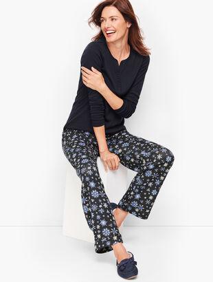 Pajama Set - Snowflake Print