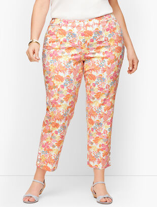 Perfect Crop Pants - Curvy Fit - Fruit & Flowers