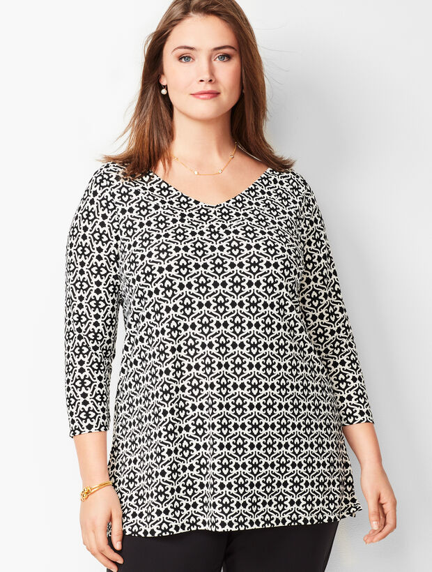 Plus Size Knit Jersey V-Neck Tunic - Baroque