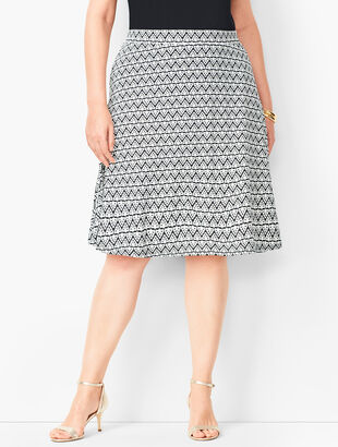 Plus Size Knit Jersey Skirt - Diamond Print