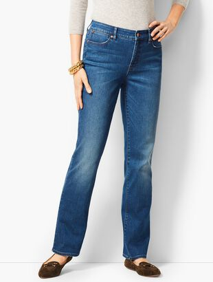 High-Waist Barely Boot Jeans - Nestor Wash