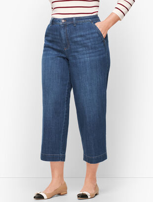Plus Size- Wide Leg Crop Jeans - Comet Wash