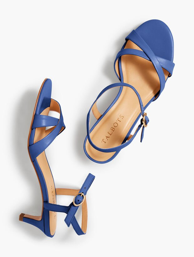 Pila Crisscross Leather Sandals - Solid