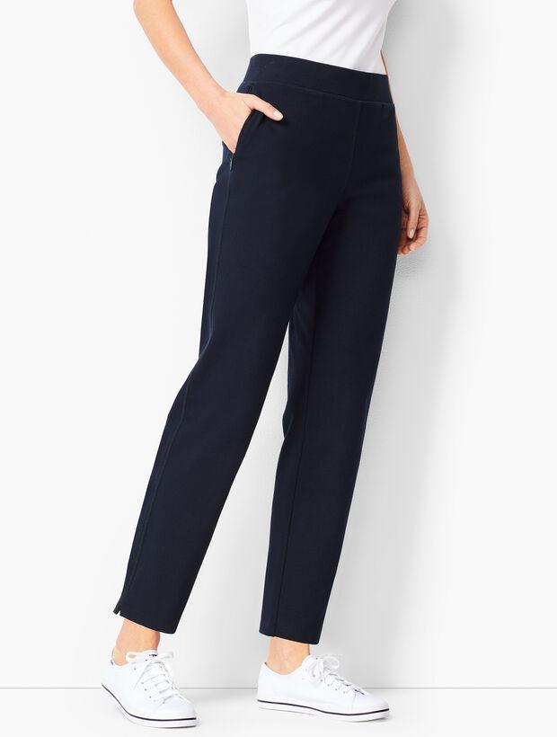 Everyday Curved-Yoke Yoga Pants