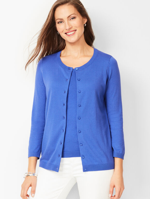 Charming Cardigan - Three-Quarter Sleeve - Solid