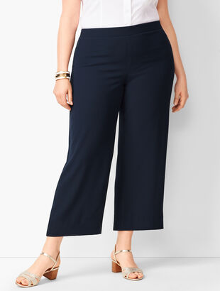 Plus Size Crepe Wide-Leg Crops