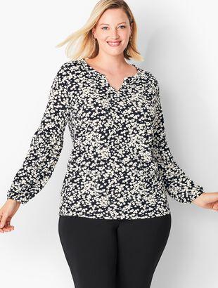 Plus Size Exclusive Split-Neck Floral Tunic