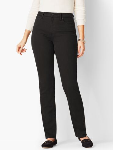 High-Waist Straight-Leg Jeans - Curvy Fit - Black