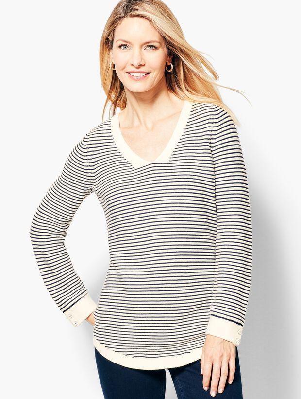 Link-Stitch V-Neck Sweater - Stripe