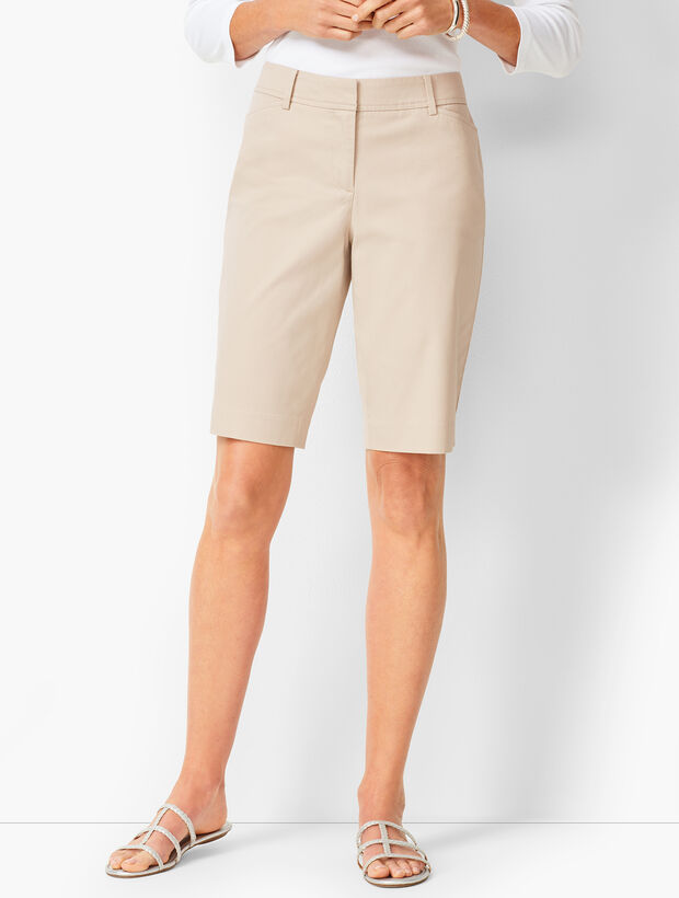 Perfect Shorts - Bermuda Length - Solid