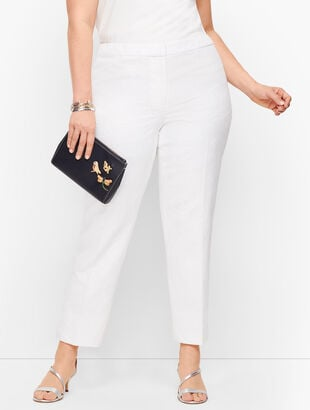 Plus Size Exclusive Matelassé  Slim Ankle Pants
