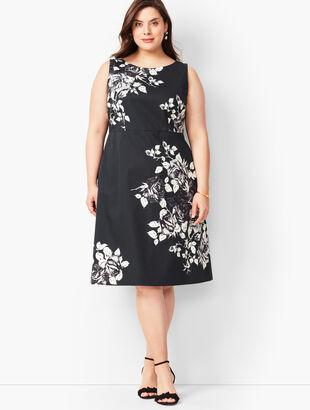 b6e5429d5af Floral Fit  amp  Flare Dress