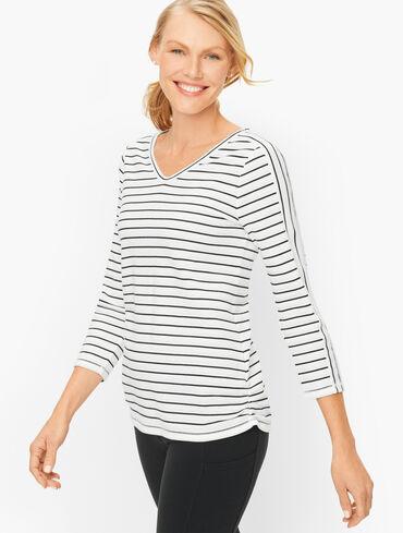 Simple Stripe V-Neck Pullover