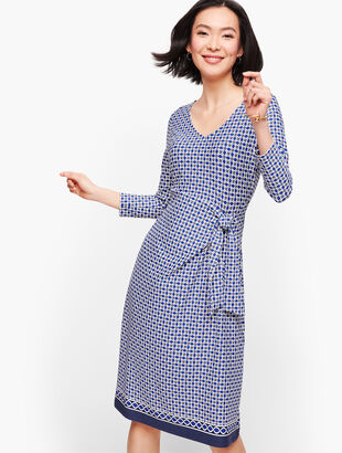 Jersey Side Tie Shift Dress