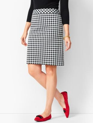 "20.5"" Festive Buffalo Check A-Line Skirt"