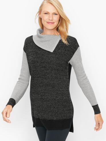 Split Neck Colorblock Tunic Sweater