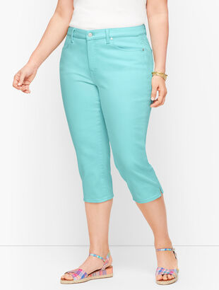 Plus Size Exclusive Pedal Pusher Jeans