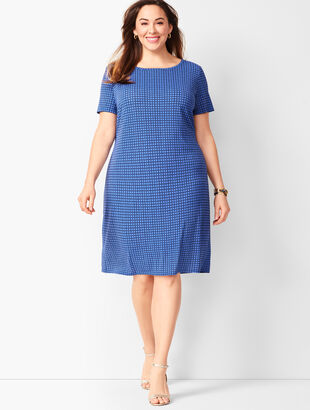 Plus Size Knit Jersey Shift Dress - Geo Print